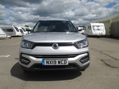 SsangYong Tivoli 1.6 Ultimate 5dr Hatchback Petrol SilverSsangYong Tivoli 1.6 Ultimate 5dr Hatchback Petrol Silver at Leisure World Motors Richmond